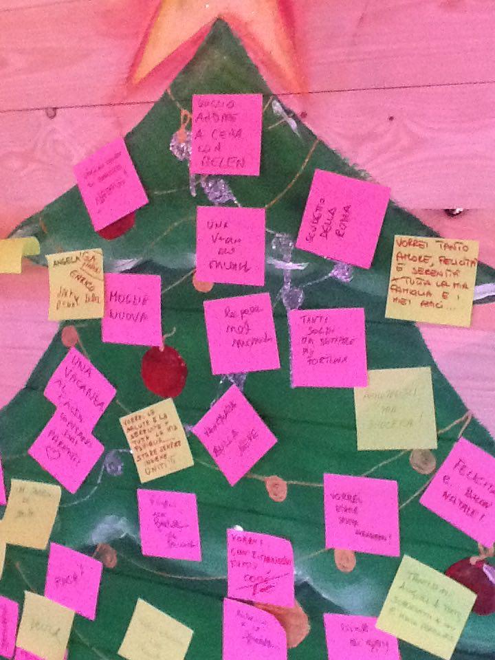 albero happy Xmas War is over